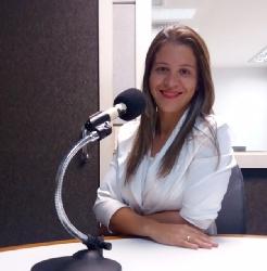 Janaína Oliveira, repórter da Agência RadioWeb e ganhadora do Prêmio João Valiante de Jornalismo 2016