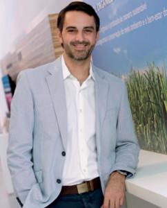 Alessandro Mendes, da Natura: foco na expansão de lojas físicas em 2017