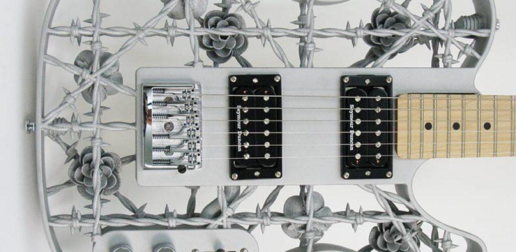 A guitarra de alumínio Heavy Metal, com o aproximado de US$ 4,500 (Divulgação)